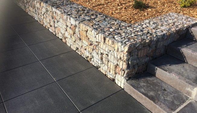 Construction mur gabion et escalier